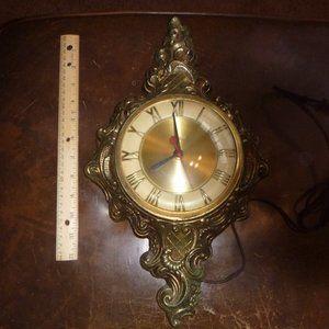 Vintage United Wall Clock Model No. 84 Brooklyn,NY